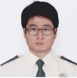 김태용(신형정복) 크기조정 (1).jpg